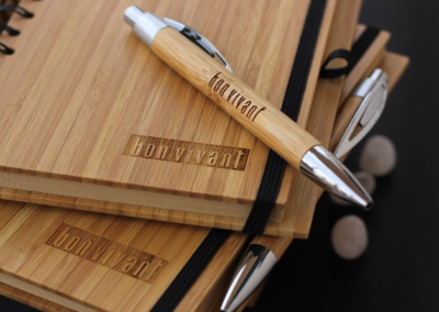 Best-Corporate-Gifts-Personalized-custom-logo-engraved-notebooks-wooden-pens-woodgeek-store@2x